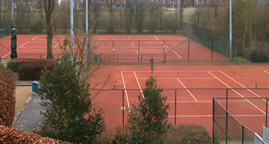 Outdoor Tennis Sandplatz bei Fletcher Resort-Hotel Zutphen